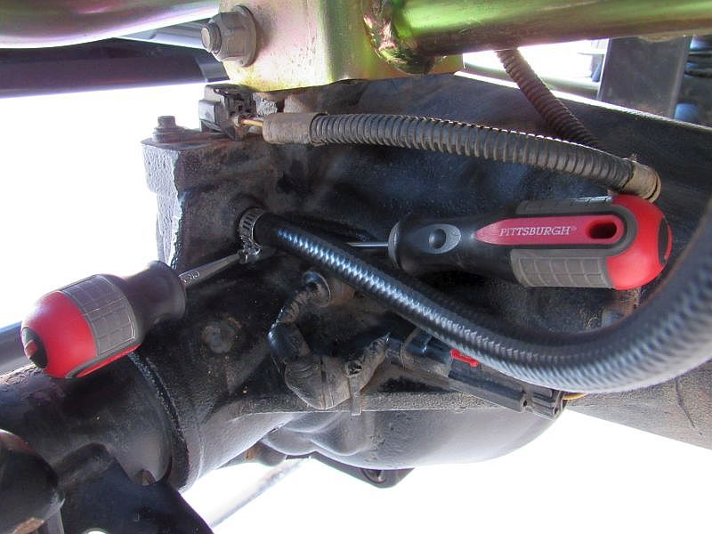 Jeep Wrangler Axle Vent Hose Extension