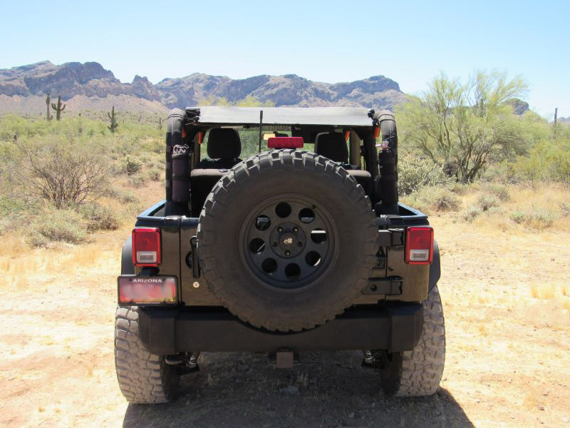 Rugged Ridge Tailgate Tire Carrier