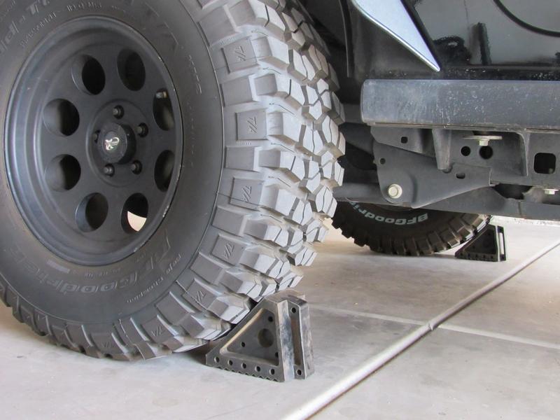Jeep JK Front Track Bar Brace